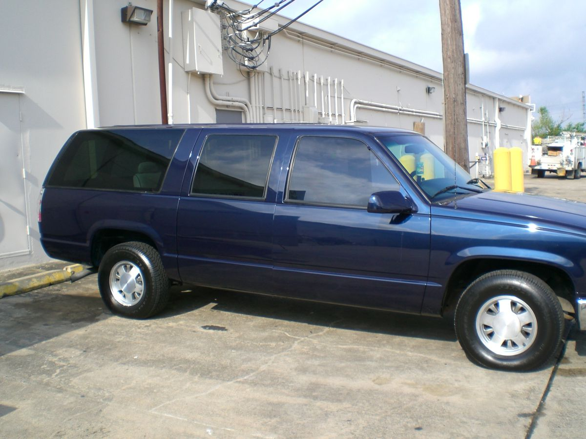 All Chevy chevy 1996 : Chevy Suburban 1996 (Holeman) - American Audio Concepts
